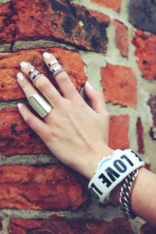 hand-bricks-rings-ring.jpg